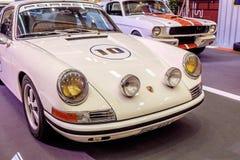 曼谷,泰国, - 2018年3月11日:葡萄酒汽车保时捷911 SWB :1966年在Seacon广场Shoppi的一个经典汽车展示会显示了 免版税库存照片