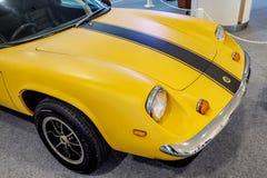 曼谷,泰国, - 2018年3月11日:葡萄酒汽车莲花欧罗巴Twincam专辑:1966-1975在S的一个经典汽车展示会显示了 图库摄影