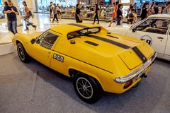 曼谷,泰国, - 2018年3月11日:葡萄酒汽车莲花欧罗巴Twincam专辑:1966-1975在S的一个经典汽车展示会显示了 库存照片