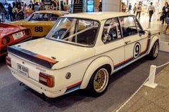 曼谷,泰国, - 2018年3月11日:葡萄酒汽车BMW 2002年涡轮:1973-1974在Seacon广场S的一个经典汽车展示会显示了 图库摄影