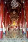 曼谷,泰国, 2018年3月06日:Wat Pho室内看法,是在第一位国王期间被兴建的皇家寺庙,被找出  库存照片