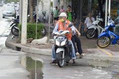 曼谷,泰国: 出租汽车摩托车驾驶员 免版税库存图片