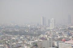曼谷,泰国- 2018年2月8日:与大气污染的曼谷地平线 库存照片