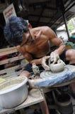 曼谷,泰国- 2009年4月7日:在传统文化泰国节日的瓦器展示在KohKret海岛在泰国 图库摄影