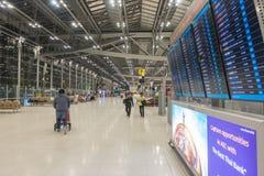 曼谷,泰国- 2017年12月26日:在终端素万那普机场里面 图库摄影