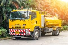 曼谷,泰国- 2016年12月25日:泰国的浇灌的卡车 免版税图库摄影
