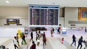 曼谷,泰国- 2019年1月3日:许多乘客走里面唐Mueang国际机场,次要  库存图片