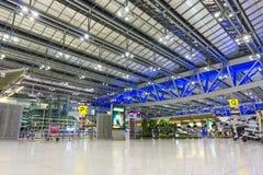 曼谷,泰国- 2016年9月12日:在素万那普机场里面 素万那普机场是两国际机场之一 库存照片