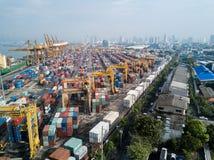 曼谷,泰国- 2017年5月13日:曼谷口岸Aerail射击  图库摄影
