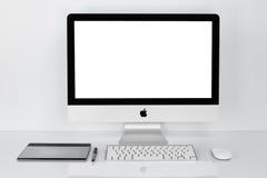 曼谷,泰国- 2016年2月01日:照片新的iMac 21 5个Wi 图库摄影