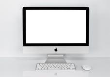 曼谷,泰国- 2016年2月01日:照片新的iMac 21 5个Wi 免版税库存图片