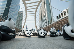 曼谷,泰国- 2016年3月8日:1600只纸Mache熊猫阵营 免版税库存照片