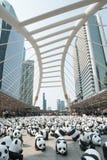 曼谷,泰国- 2016年3月8日:1600只纸Mache熊猫阵营 免版税图库摄影