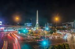 曼谷,泰国- 11月7 :在胜利纪念碑的夜生活 免版税库存照片