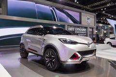曼谷-12月01日:在显示的MG汽车在马达商展2015年 免版税库存图片
