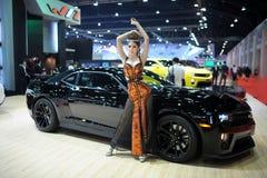 曼谷- 3月26 :在显示的未认出的模型在2014年3月26日的第35个曼谷国际汽车展示会2014年在曼谷, 免版税库存图片