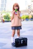 一个未认出的日本芳香树脂cosplay姿势。 免版税图库摄影