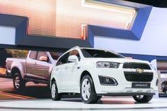 曼谷- 3月27 :从薛佛列在第35个曼谷国际汽车展示会,在的概念秀丽的所有新的白色captiva汽车 免版税库存照片