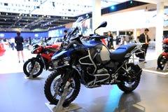 曼谷- 3月24 :BMW F 800 R摩托车 免版税库存照片