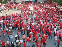 曼谷/泰国- 04 05 2010年:红色衬衣抗议反对政府在Ratchaprasong 免版税图库摄影