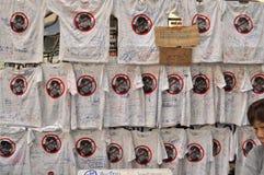 曼谷/泰国- 01 26 2014年:`停工曼谷`操作的人块Ratchaprasong 库存图片