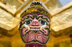 曼谷(泰国), 2015年10月-曼谷玉佛寺雕象特写镜头 库存照片