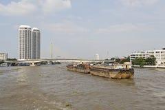 曼谷货物驳船 免版税库存照片