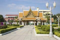 曼谷rajanadda寺庙wat 免版税库存照片