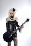 替代方式女孩吉他使用 免版税库存照片