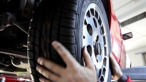 替换轮胎 影视素材