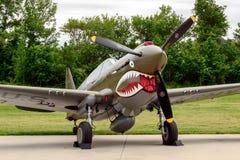 刻替斯P-40E基蒂・霍克 免版税库存图片