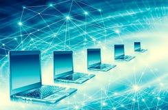 最佳的企业概念概念全球地球发光的现有量互联网系列 计算机流动性、互联网通信和云彩 图库摄影
