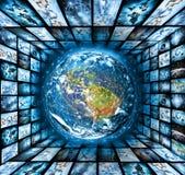 最佳的企业概念概念全球地球发光的现有量互联网系列 美国航空航天局装备的这个图象的元素 免版税图库摄影