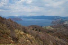 最佳的北海道日本湖mashu一安置观光 库存图片
