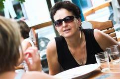 最佳的咖啡馆朋友 免版税库存照片