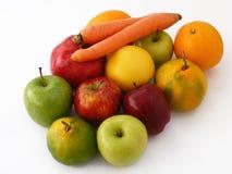 最佳的红萝卜、柑橘、桔子、苹果果子图片包装的和汁液组装 库存照片