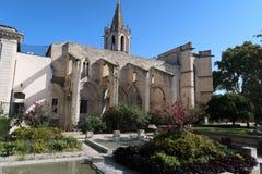 最佳的阿维尼翁法国庭院秀丽 库存图片