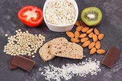 最佳的食物当来源褪黑素和色氨酸 健康睡眠概念 库存照片