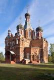 最初伟大的传道者彼得和保罗的教会在Jartcevo,俄罗斯 免版税库存照片