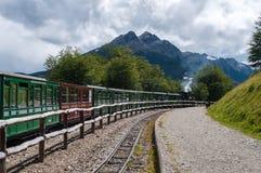 最南端的火车在世界,乌斯怀亚,阿根廷上 免版税图库摄影