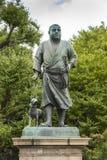 最后武士上野东京的Saigo鹰森雕象 库存图片