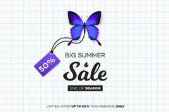 最后的夏天销售 与销售标记的蓝色蝴蝶在笔记本板料 现代概念性传染媒介例证 免版税库存图片