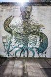 最基本的墙壁上的街道艺术在伦敦 免版税库存照片