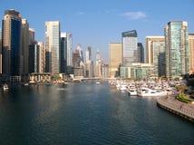 最大的人造小游艇船坞在世界上 免版税库存图片