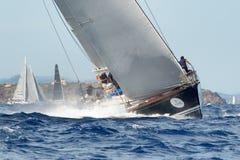 最大的游艇劳力士杯帆船种族 库存照片