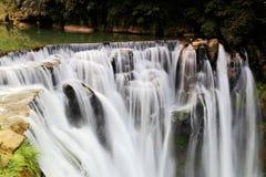 最大的瀑布在台北,台湾 库存照片