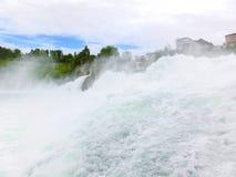 最大的瀑布在河莱茵的欧洲在瑞士 库存照片