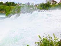最大的瀑布在河莱茵的欧洲在瑞士 图库摄影