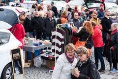 最大的跳蚤市场在坦佩雷,芬兰,发生了2017年9月17日 免版税图库摄影