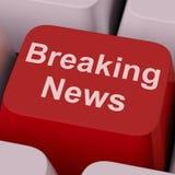 最新新闻钥匙展示简短的新闻报道广播在网上 库存照片
